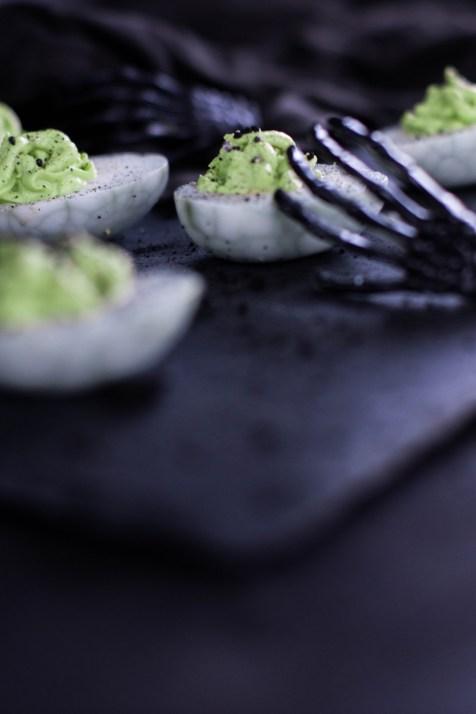 rezept-spinneneer-halloween-russische-eier-gruen-wasabi-ei-gruselig-1