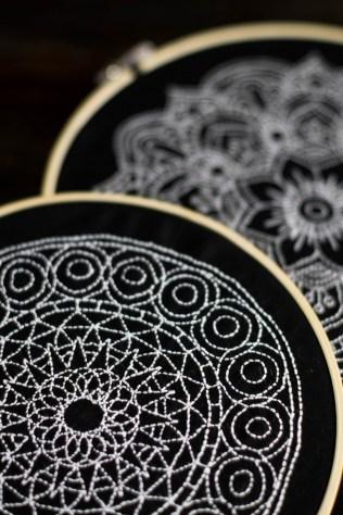 sticken-embroyding-stitching-schwarz-weiss-black-white-mandala-adventure-nature-blackwork-17