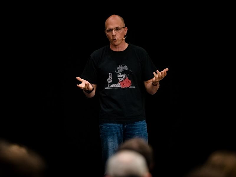 der simon - Keynote Speaker