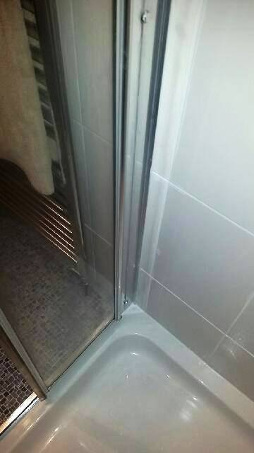 Deep Cleaning a Shower Cubicle In Ramsbottom After