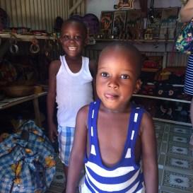 Niños ugandeses