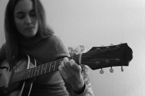 Mar & The Guitar