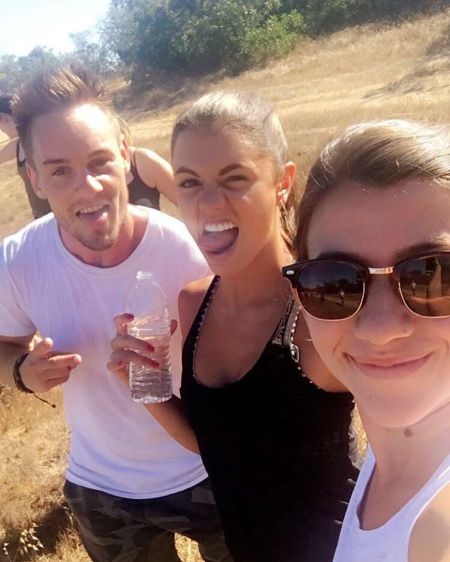 """Hiking with the babes #TongueAlwaysOut"" - July 14, 2016 Courtesy hayley.erbert IG"
