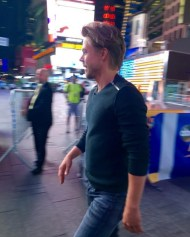 """I was this close to @derekhough from #dwts this morning! He is my favorite and glad he is back!! 😍😍 #nyc #ilovenewyork #i❤️nyc Courtesy nykkidang IG"