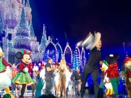 """""""@derekhough you broke a lot of hearts at this very second. Lol you guys were AMAZING! @juliannehough @disneywords"""" - November 12, 2016 courtesy daniela_lalala twitter"""