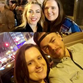 """Thank you @juleshough & @derekhough for a fun filled evening. Also thanks for being so sweet & coming out to say hi to us all. You both were amazing. #MOVEBeyondLiveOnTour #juliannehough #DerekHough"" Courtesy wtagirl ig"