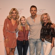 """Just hanging out with my favorite siblings! 💃🏼🕺🏼 #moveliveontour #juliannehough #derekhough #vip #nashville"" Courtesy christinrene143 ig"