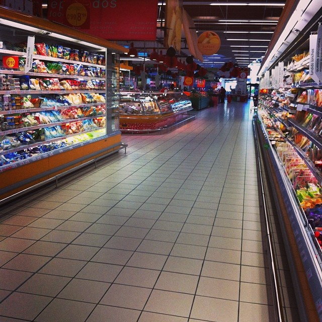 Don't you hate the panic shopping in Spanish supermarkets in the run up to Xmas - from Instagram