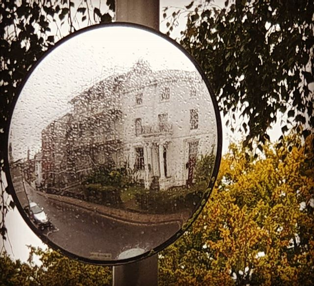 #autohash #UnitedKingdom #England #Blanford #lens #mirror #retro #exploration #travel #traveling #visiting #instatravel #instago #loupe #magnifier #outdoors #old #tree #summer #nature #fall #street #ball-shaped #sun #sky #mirror - from Instagram