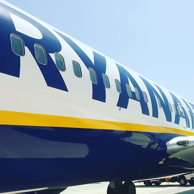 #autohash #ryanair #airplane #jet #travel #traveling #visiting #instatravel #instago #aircraft #flight #sky #air #engine #cockpit #airport #wing #vehicle #technology #tech #techie #geek #techy #military #tourism #jaunt #airliner #vacation #speed - from Instagram