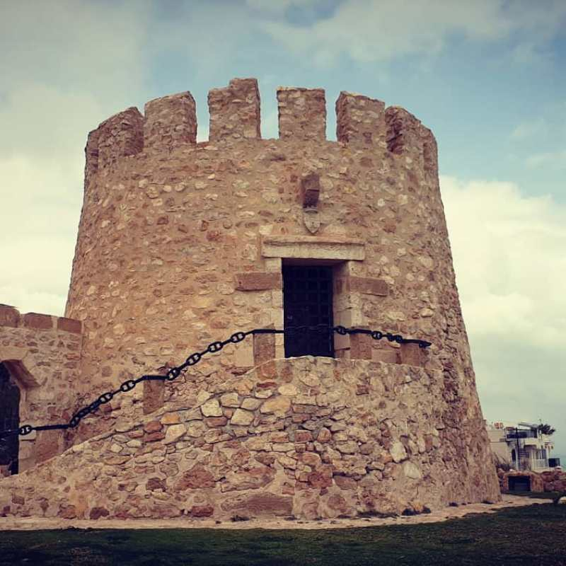 #autohash #Torrevieja #Spain #ComunidadValenciana #architecture #old #castle #ancient #sky #travel #traveling #visiting #instatravel #instago #stone #wall #fortress #tower #landmark #Gothic #historic #tourism #building #fortification #monument #stronghold #outdoors - from Instagram