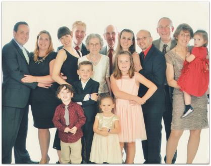 The Grace and David Maul family (image by Royal Caribbbean)
