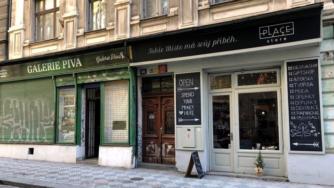 Place Store an der Krymska Strasse in Prag