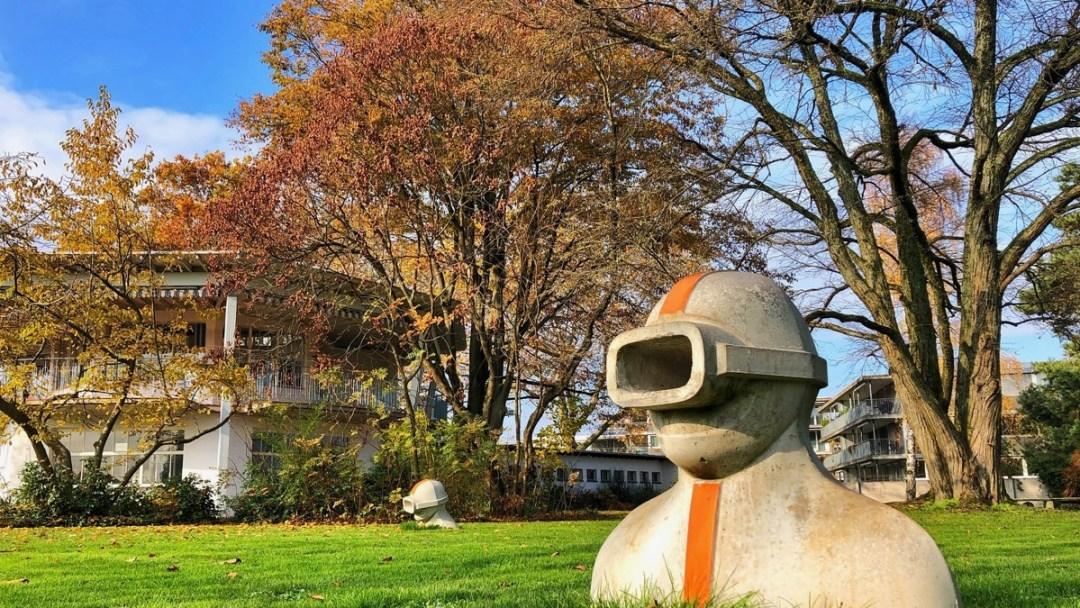 Letzibad Zürich: Winterspazierung durch das Freibad, das neu auch im Winter geöffnet ist