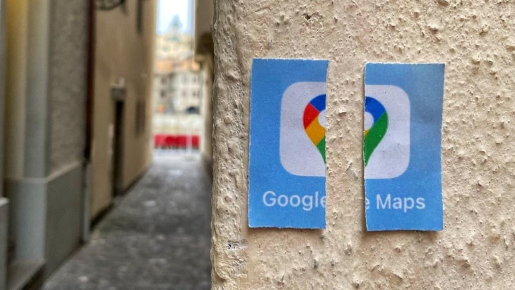 Reiseblog Internaut zeigt Split Screen Technik, geteilte Kartenansicht für Google-Maps
