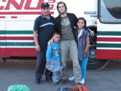Juan, George, Milagros y yo