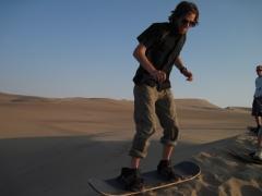 Ich beim Sandboarden 1