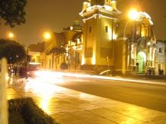 Barranco bei Nacht