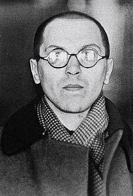 idel-jakobson-communist-jew-jewish-men-estonia-baltics