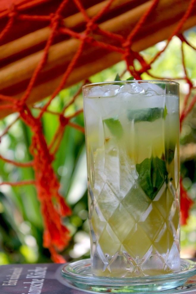 Ananas-Basilikum-Limonade