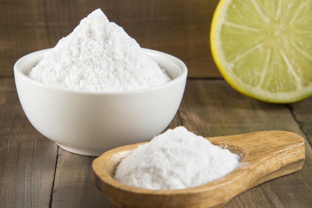 Baking Soda Skin Exfoliants: Efficacy, Safety and Alternatives