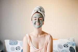 DIY peel off face mask