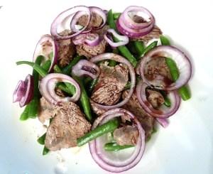 Rindfleischsalat mit steirischen Kernöl