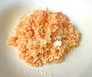 Tomatenrisotto mit Scampi und Parmesan