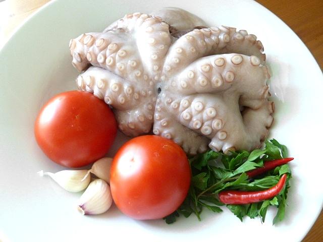 Pulpo nach Giorgio Locatelli mit Salat von weissen Bohnen