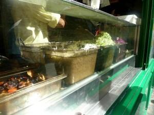 Die Zutaten für Falafel, besonders gut die Auberginen