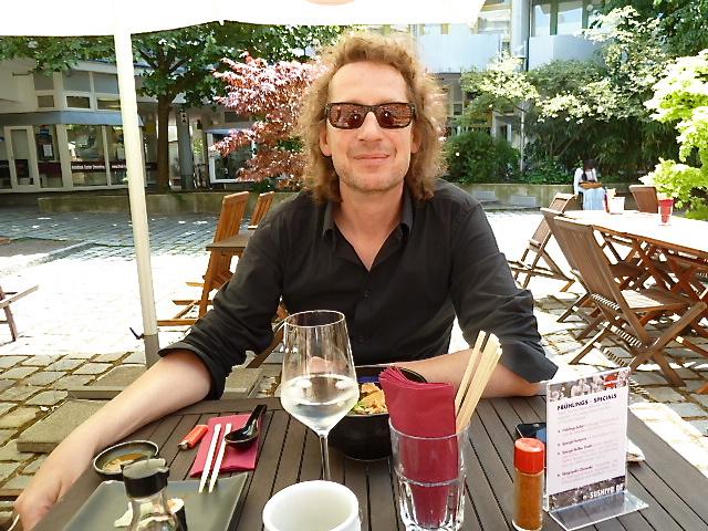 Mittagessen im Sushiya
