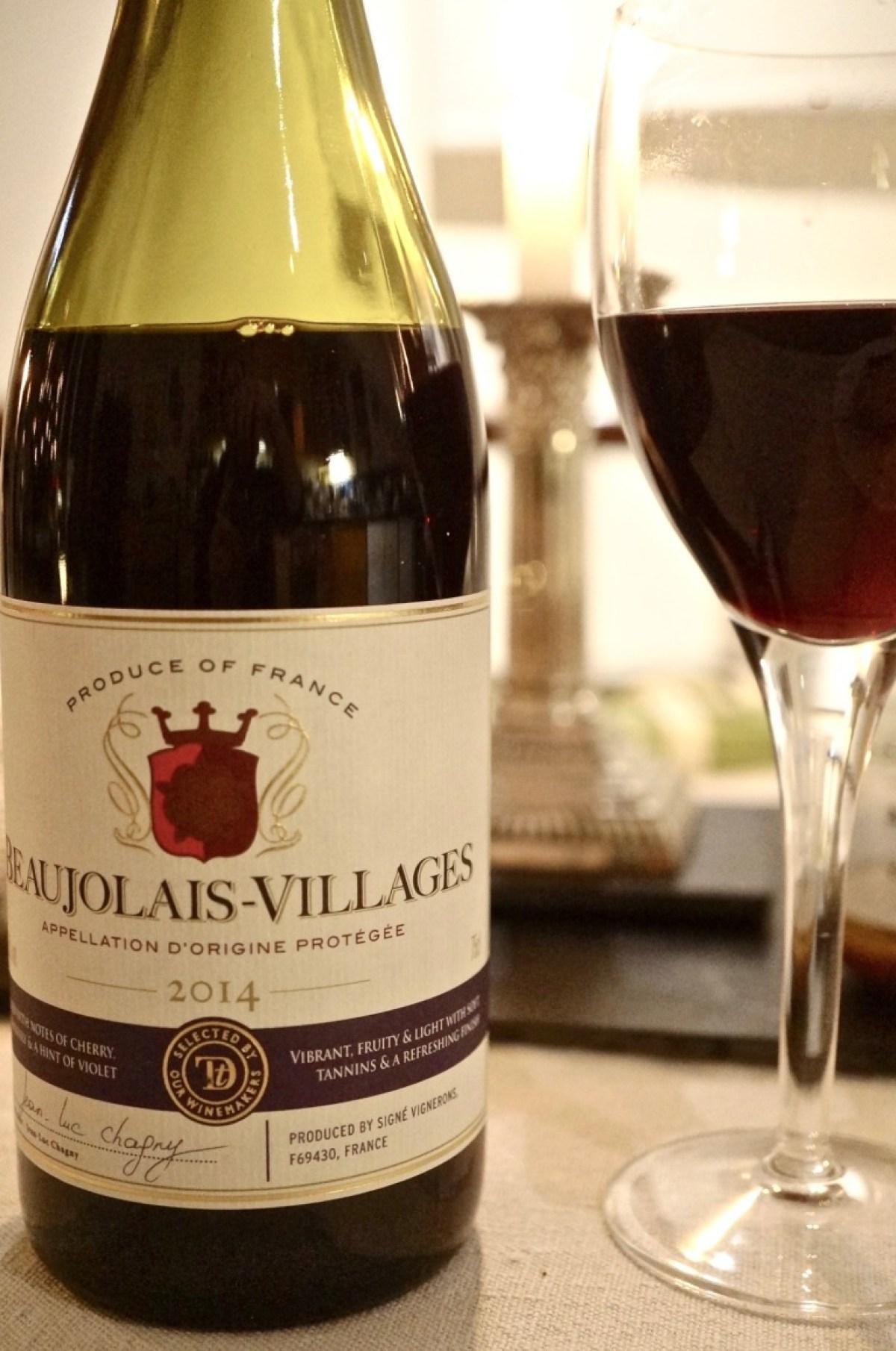 dazu eine Flasche Beaujolais