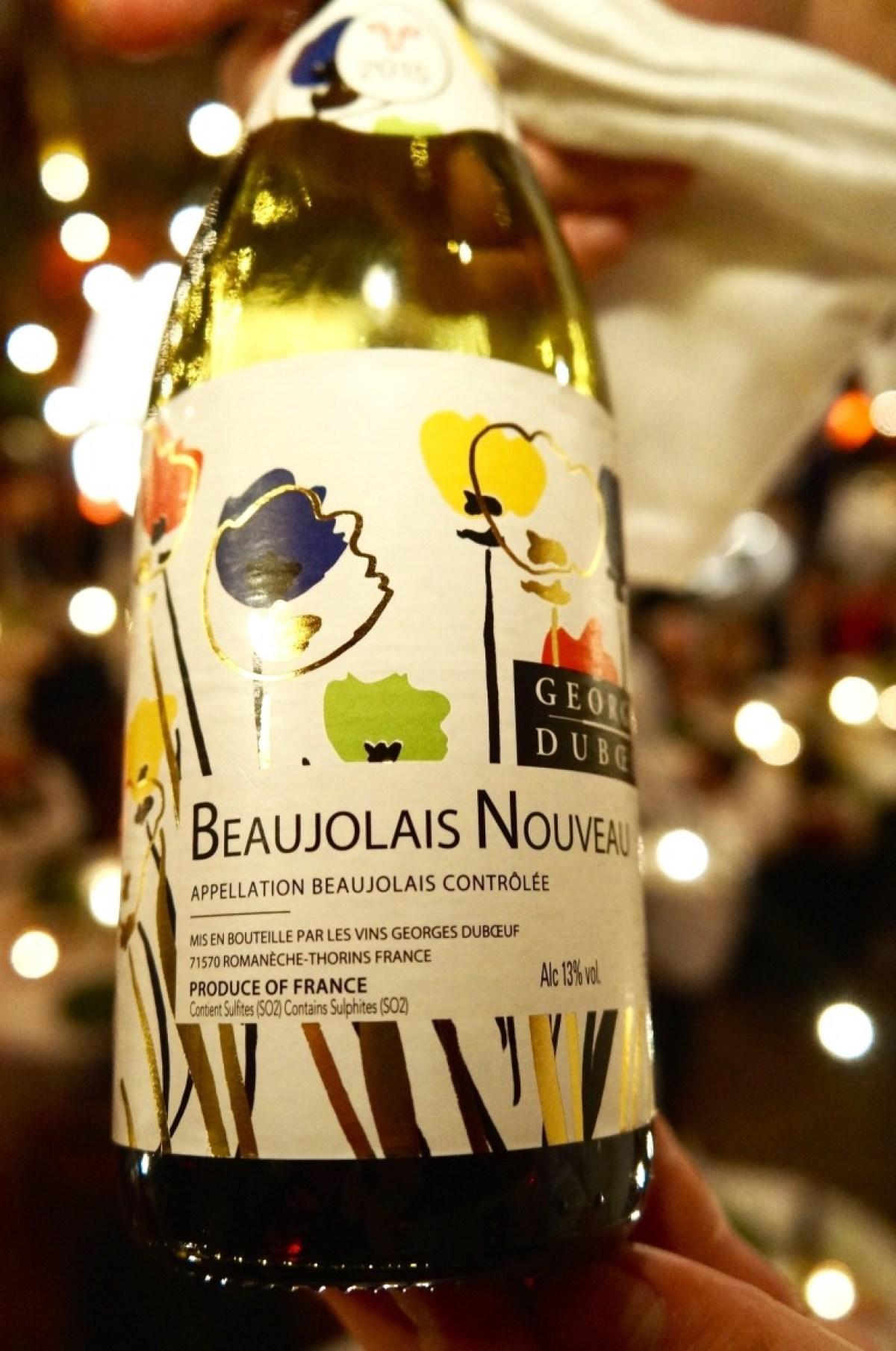 dazu wie Bocuse verlangt: ausgiebig Beaujolais dazu