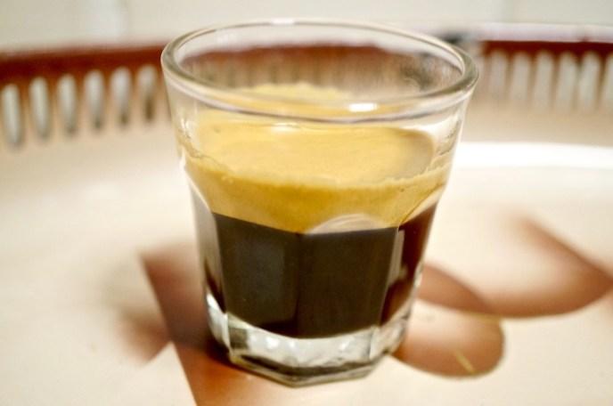 nicht asiatisch: Espresso zum Abschluss
