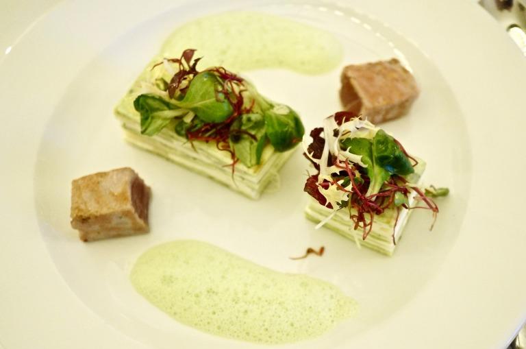 Die Vorspeise: Spargeltarte mit Thunfisch