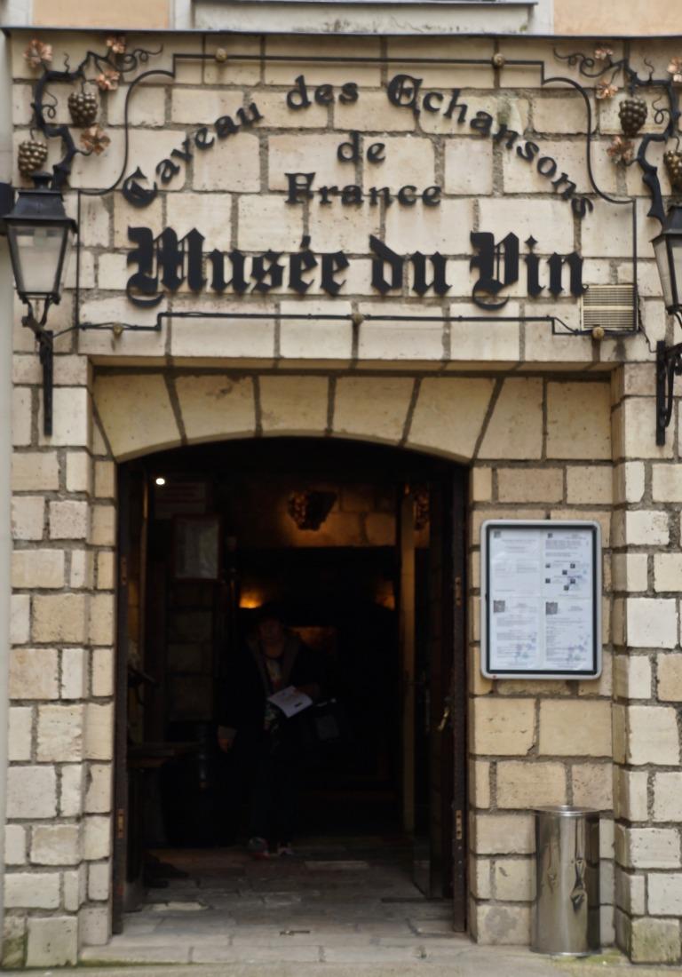 direkt bei Pasteur, das Weinmuseum