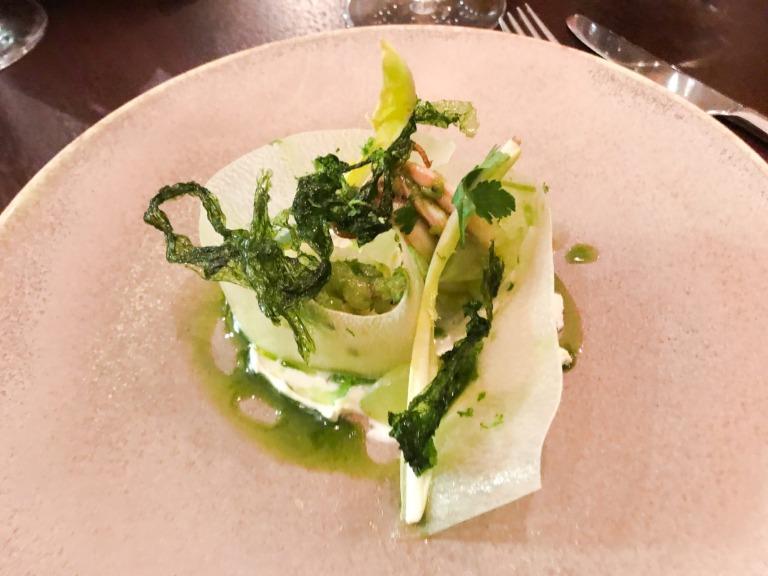 Kohlrabi mit Buttermilch und Alge