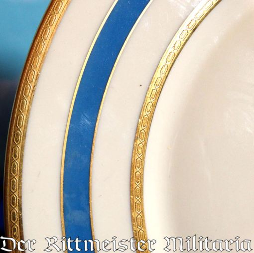 GERMANY - DINNER PLATE - AIRSHIP GRAF ZEPPELIN LZ-127's ONBOARD SERVICE - Imperial German Military Antiques Sale