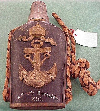 NAVY VETERAN FLASK - Imperial German Military Antiques Sale
