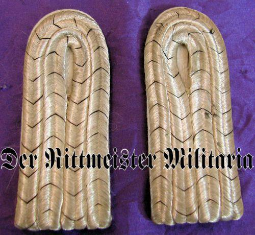 PRUSSIA - SHOULDER BOARDS - LEUTNANT - 5. GARDE-REGIMENT zu FUß - Imperial German Military Antiques Sale