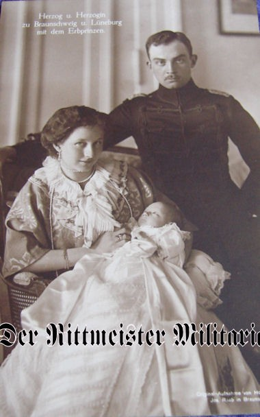 POSTCARD - DUKE ERNST AUGUST - DUCHESS VIKTORIA LUISE - BRAUNSCHWEIG - ONE CHILD - Imperial German Military Antiques Sale