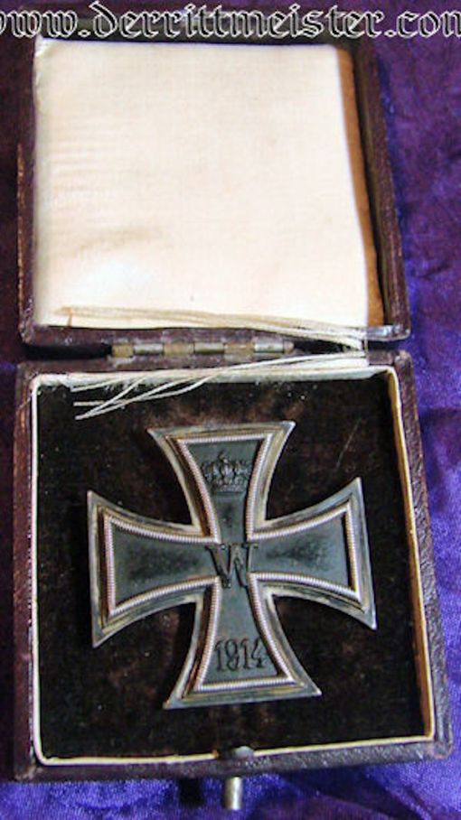 IRON CROSS - 1914 - 1st CLASS - NON VAULTED - HALLMARKED .925 SILVER - ORIGINAL PRESENTATION CASE - Imperial German Military Antiques Sale