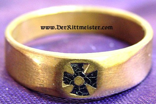 gold-toned patriotic Iron Cross ring