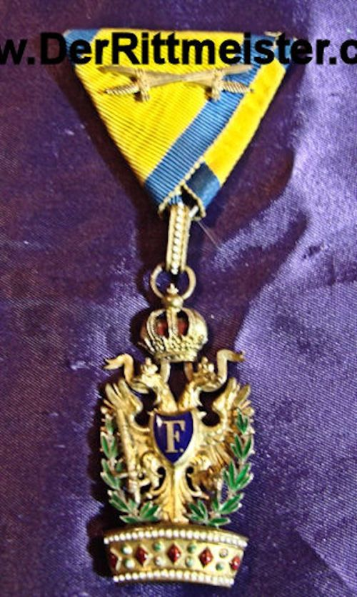 ORDER OF THE IRON CROWN 3rd CLASS WITH WAR DECORATION - AUSTRIA - Imperial German Military Antiques Sale