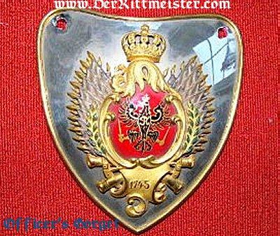 KAISERIN AUGUSTE VIKTORIA RINGKRAGEN (GORGET) AS REGIMENTAL CHEF - PRUSSIAN KÜRAßIER-REGIMENT Nr 2 IN ORIGINAL STORAGE BOX - Imperial German Military Antiques Sale