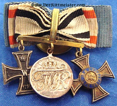 PRUSSIA - BOUTONNIERE - THREE-PLACE - Imperial German Military Antiques Sale
