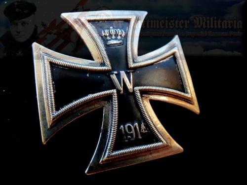 IRON CROSS - 1914 - 1st CLASS - PILLOW-BACK DESIGN - WARENHAUS FÜR ARMEE UND MARINE HALLMARK - Imperial German Military Antiques Sale
