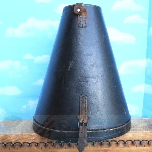 GERMANY - PICKELHAUBE/SPIKE HELMET TRAVEL/STORAGE CASE - TALL SIZE - WITH BOTTOM - Imperial German Military Antiques Sale