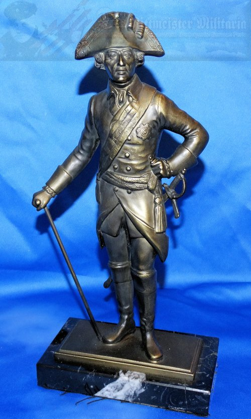 GERMANY - STATUTE - KÖNIG FREDERICK THE GREAT - BRONZE