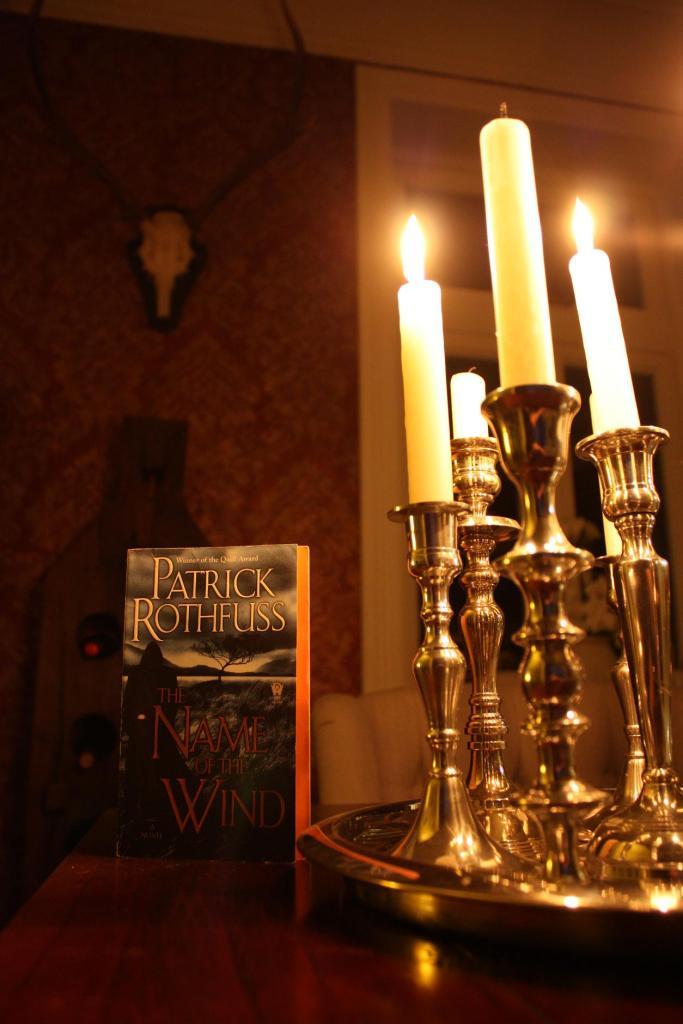 Cover des Buches Der Name des Windes